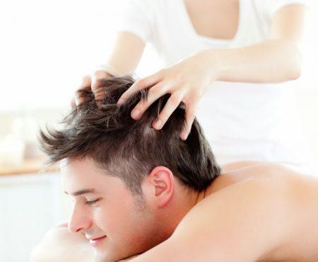 Masaż przyspieszający porost włosów