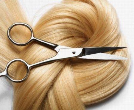 Czy trzeba ścinać włosy po porodzie?