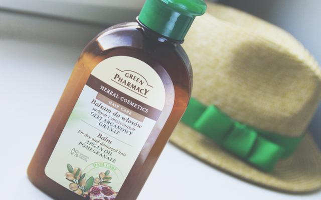 Ulubieniec: Balsam do włosów suchych z olejem arganowym i granatem, Green Pharmacy