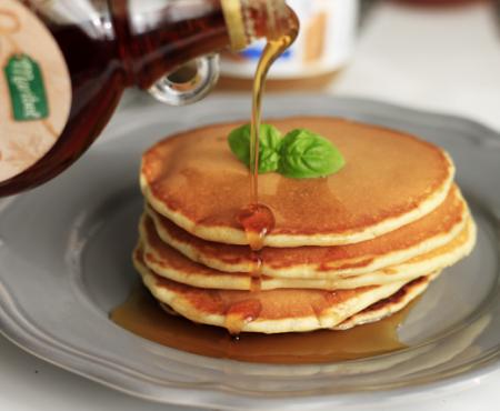 Pancakes – nasza niedzielna tradycja (przepis i ulubione dodatki)